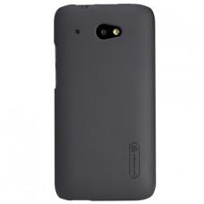Черный фирменный пластиковый чехол Nillkin для HTC Desire 601